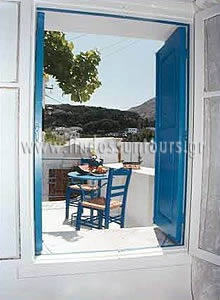 Veiws Of White Painted Rooms